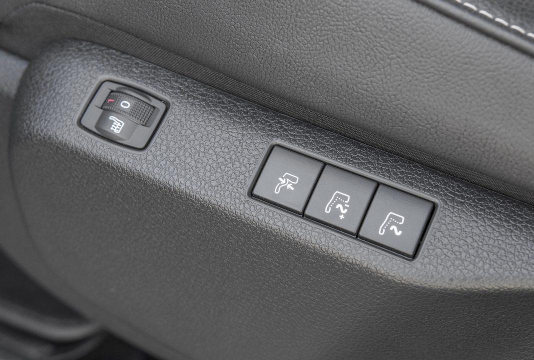 Toyota Proace - fotel z masazem