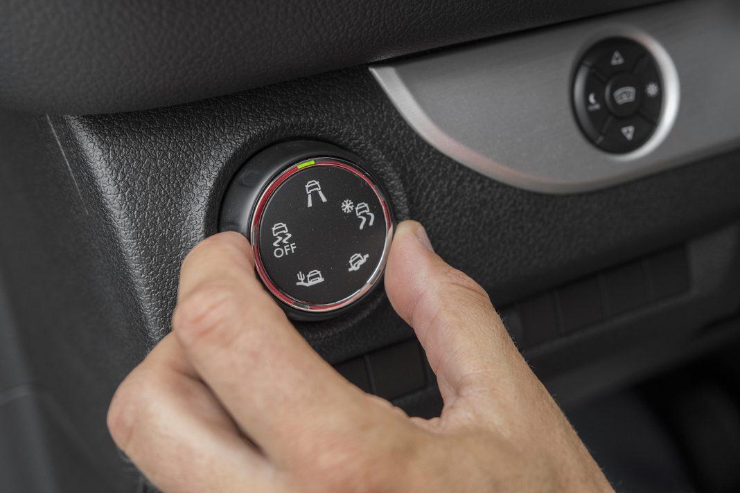 Toyota Proace - kontrola trakcji