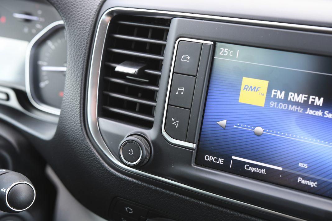 Toyota Proace - system multimedialny
