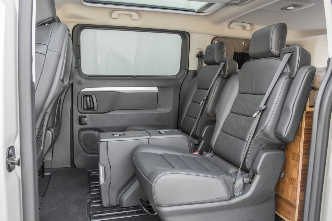 Toyota Proace - tylne fotele