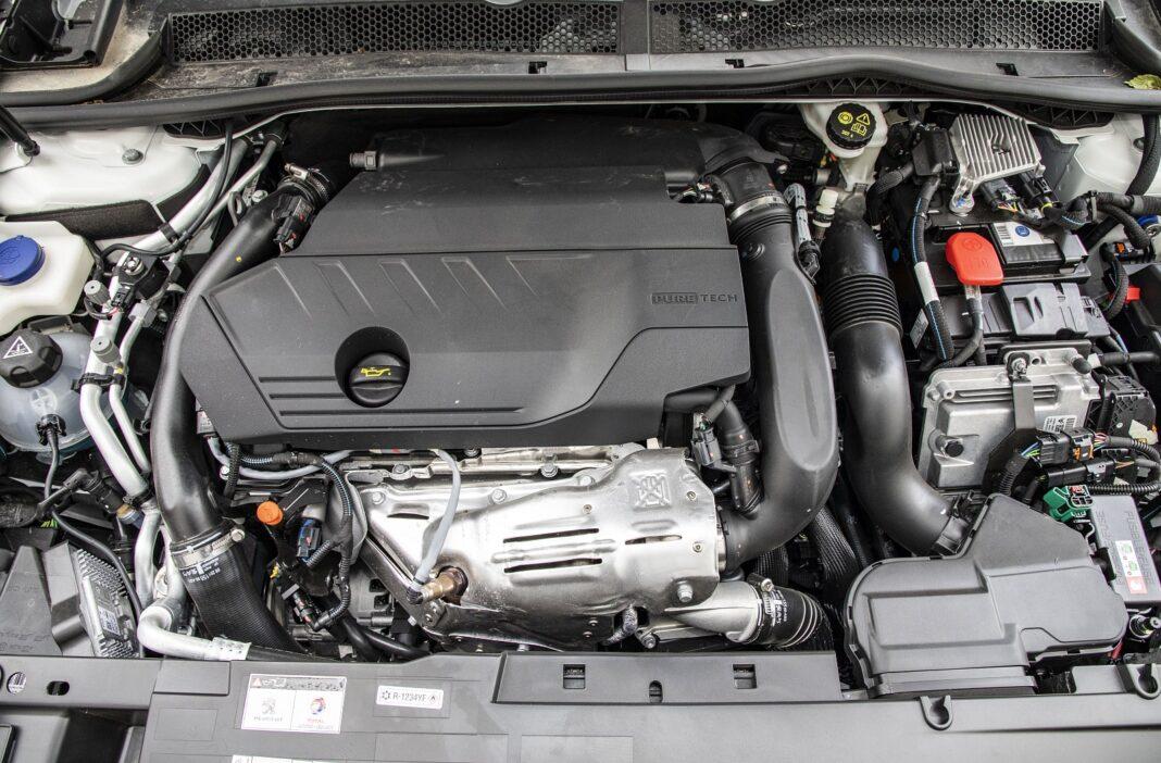 Peugeot 508 HYbrid 225 - silnik
