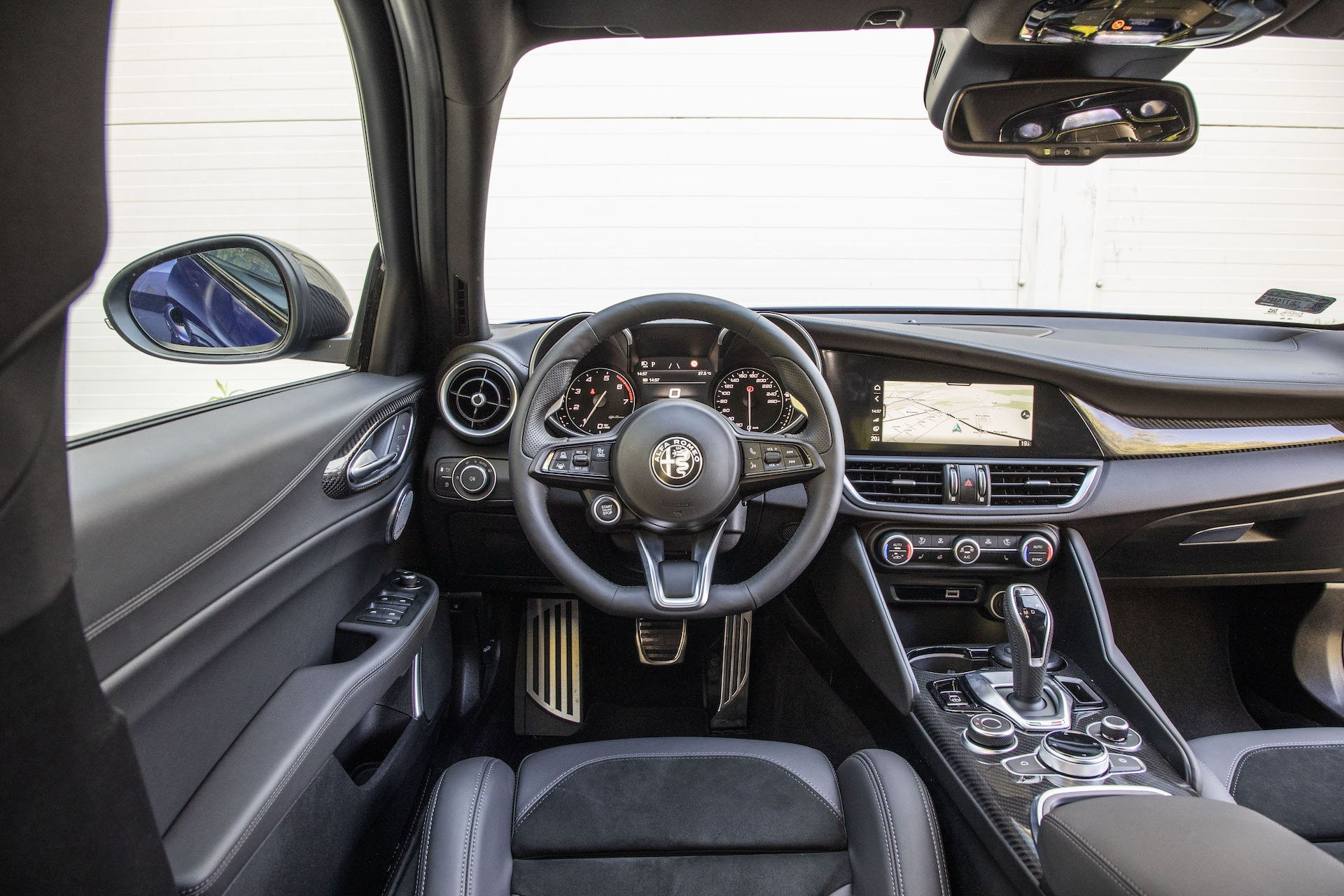 2020 Alfa Romeo Giulia 2.0 GME TB 280 Q4 Veloce – kokpit
