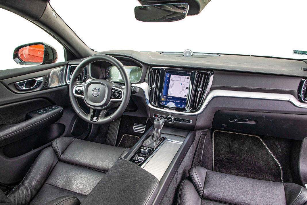 Volvo S60 T4 test – deska rozdzialcza