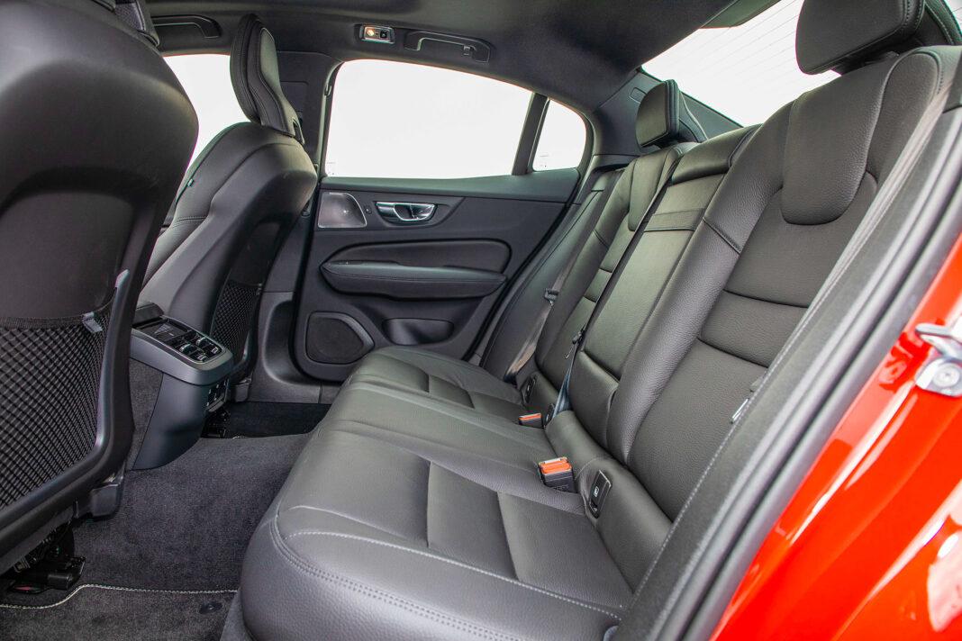 Volvo S60 T4 test – kanapa