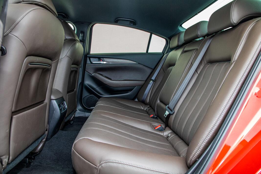 Mazda 6 2.5 Skyactiv-G test – kanapa