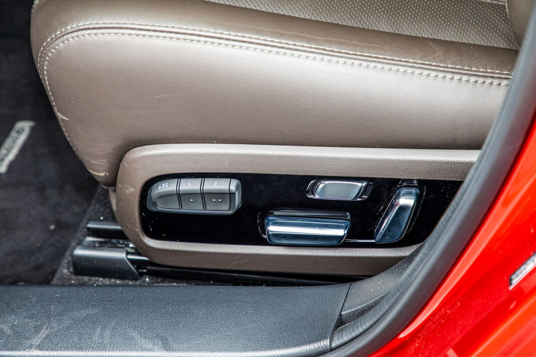 Mazda 6 2.5 Skyactiv-G test – regulacja foteli