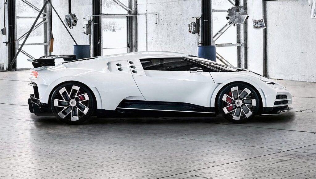 Bugatti Centodieci (fot. Netcarshow.com)