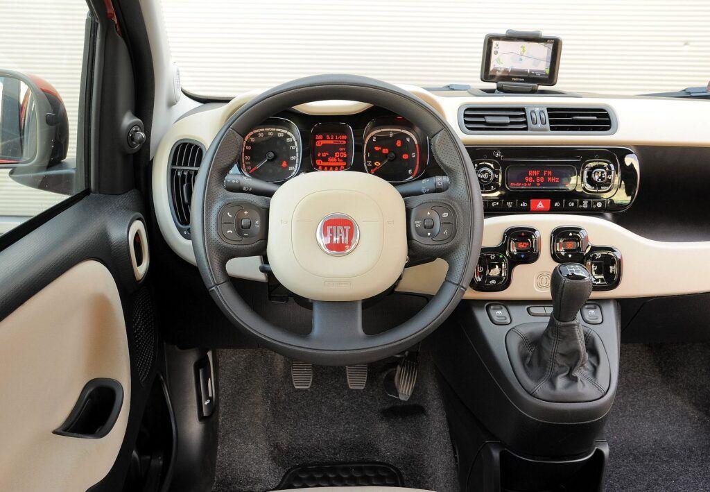 Fiat,Panda,5drzwi,ceglasta,1.3,multijet,porownanie,SB 0548J