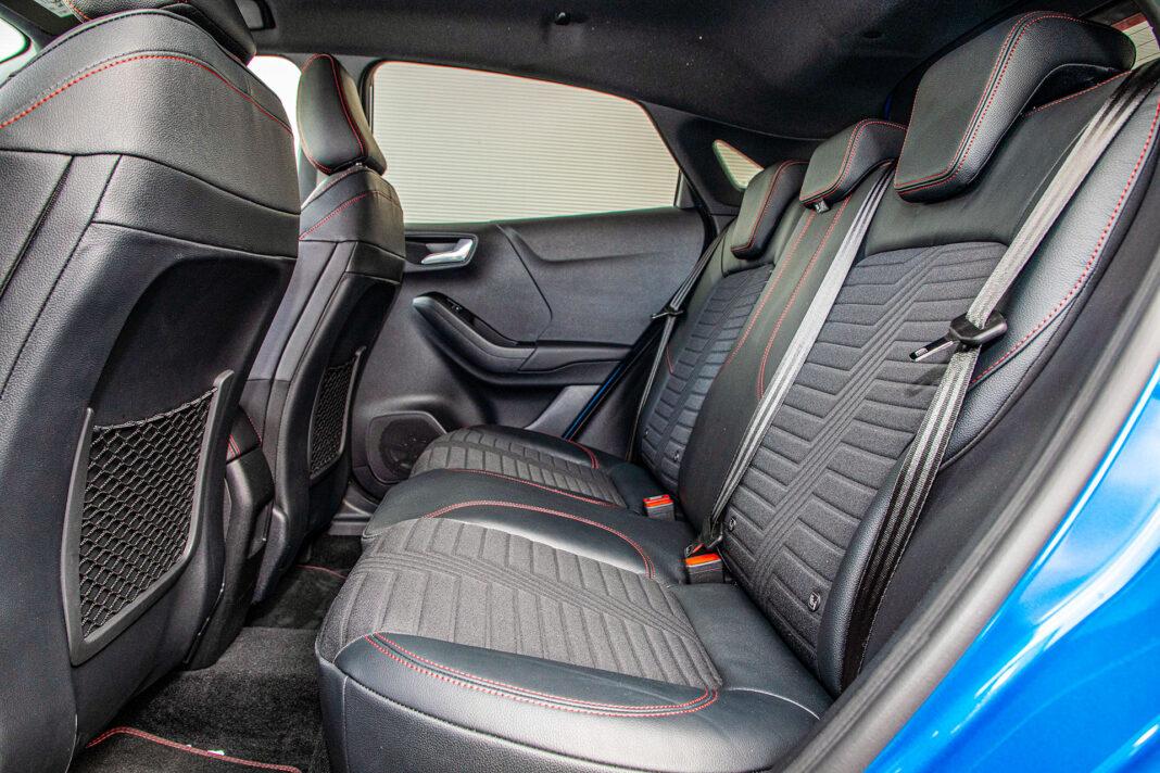 Ford Puma - kanapa