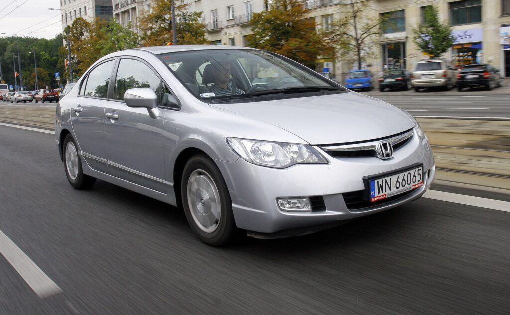 HONDA Civic VIII Sedan IMA 1.3 Hybrid 115KM AT CVT WN66065 08-2006