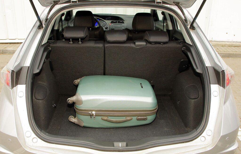 HONDA Civic VIII FL 1.8 i-VTEC 140KM 6MT WN93307 02-2009