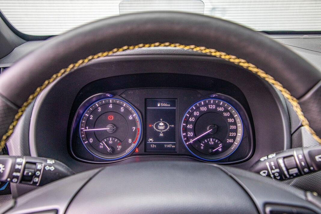 Hyundai Kona - zegary