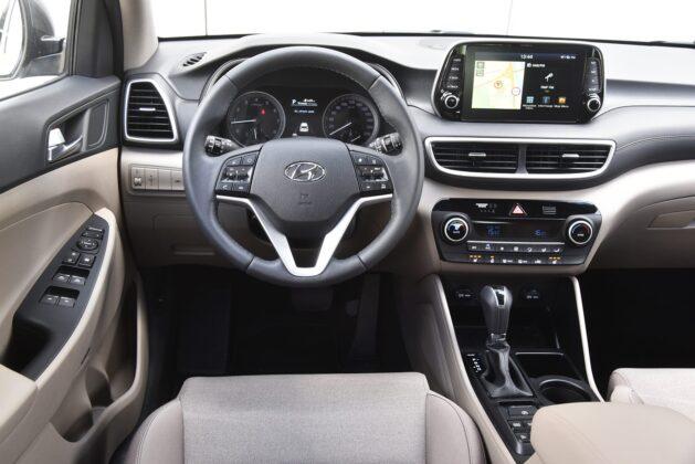 Hyundai Tucson - kokpit