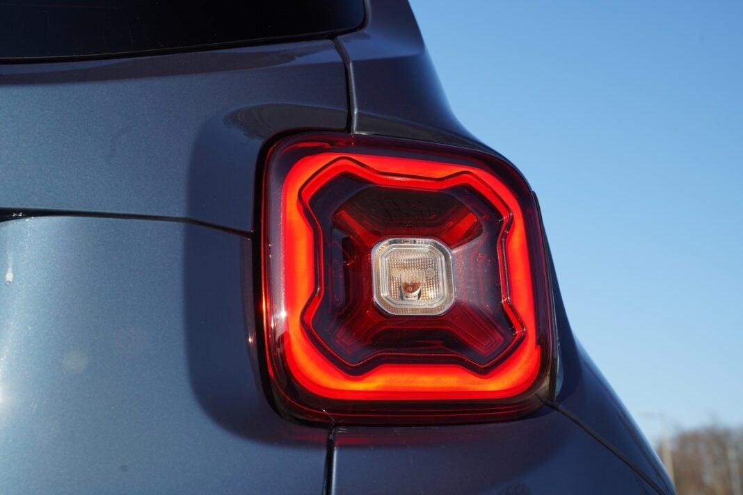 Jeep Renegade - lampa tył