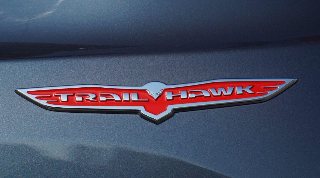Jeep Renegade - logo TrailHawk