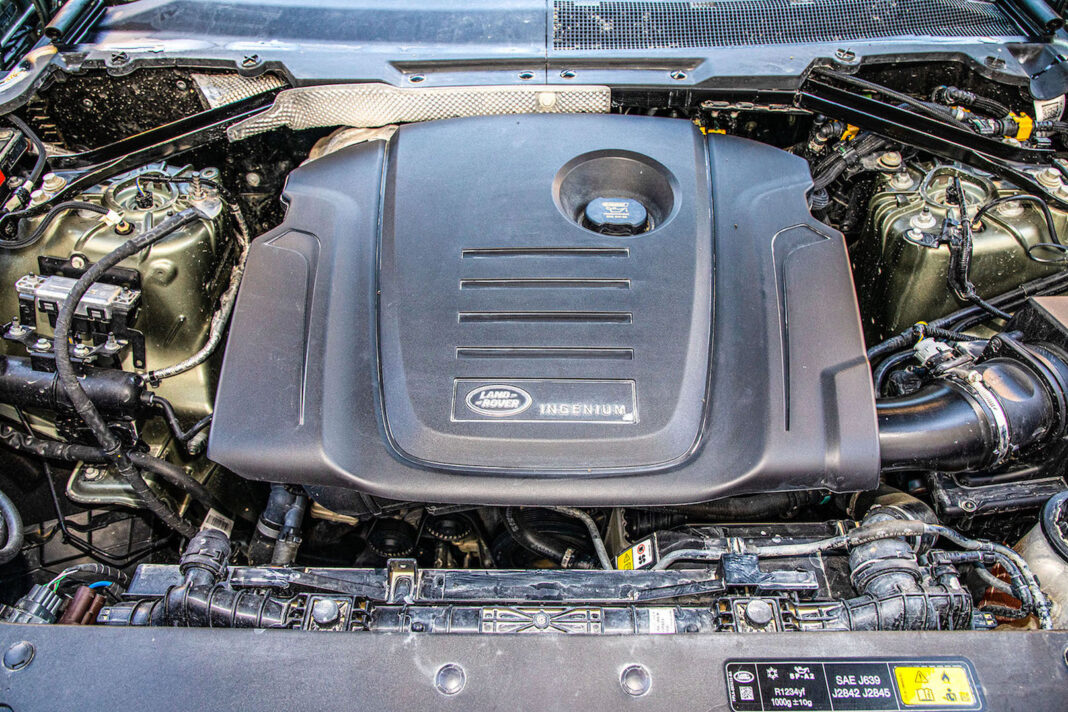 Land Rover Defender - silnik