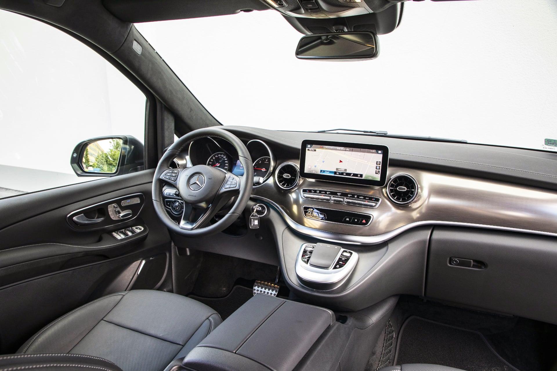 Mercedes V 300 d – wnętrze