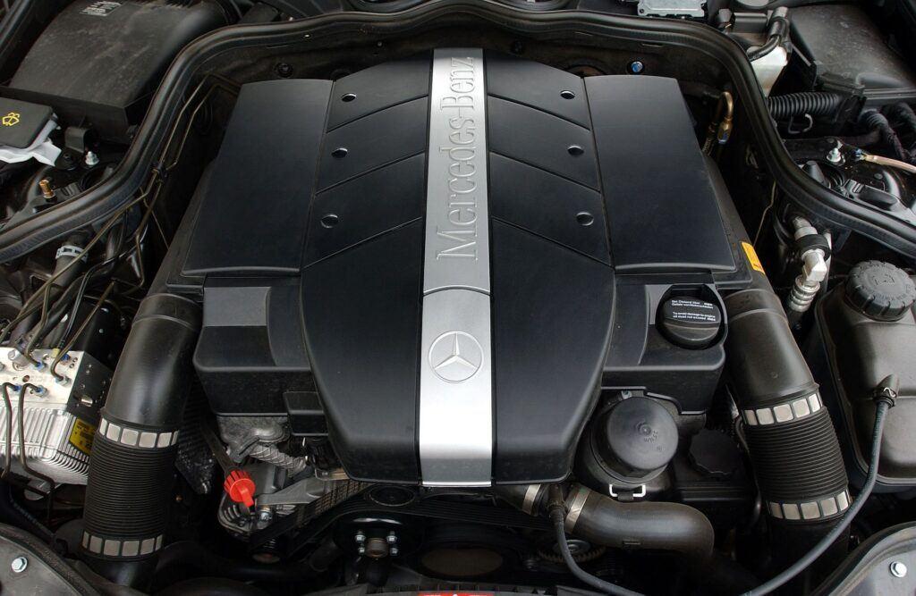 Mercedes klasy E W211 W212 16