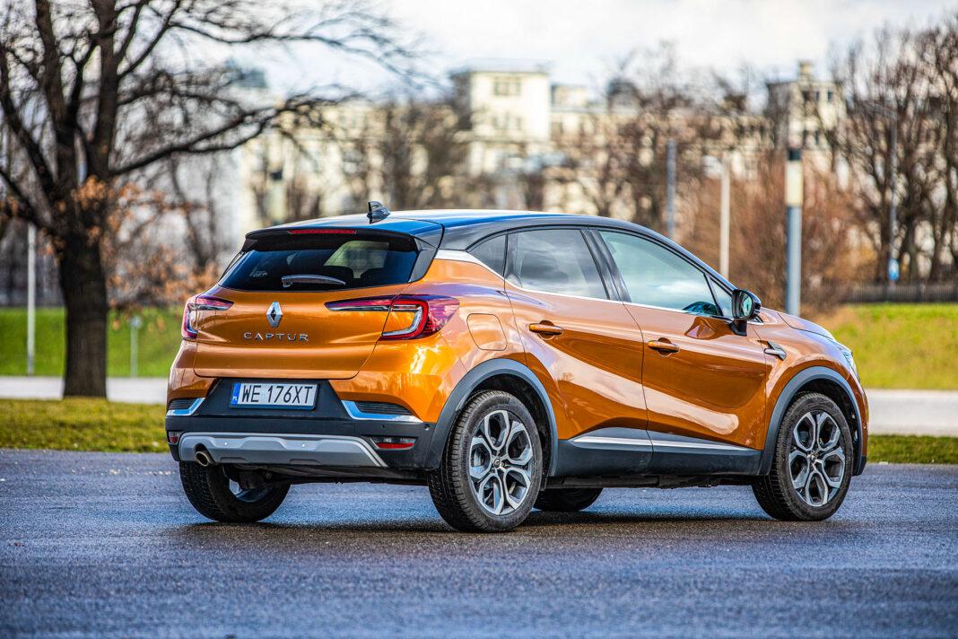 Renault Captur - prawy tył