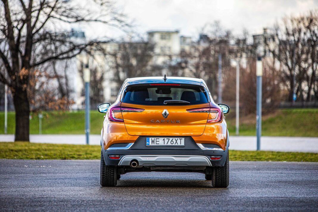 Renault Captur - tył