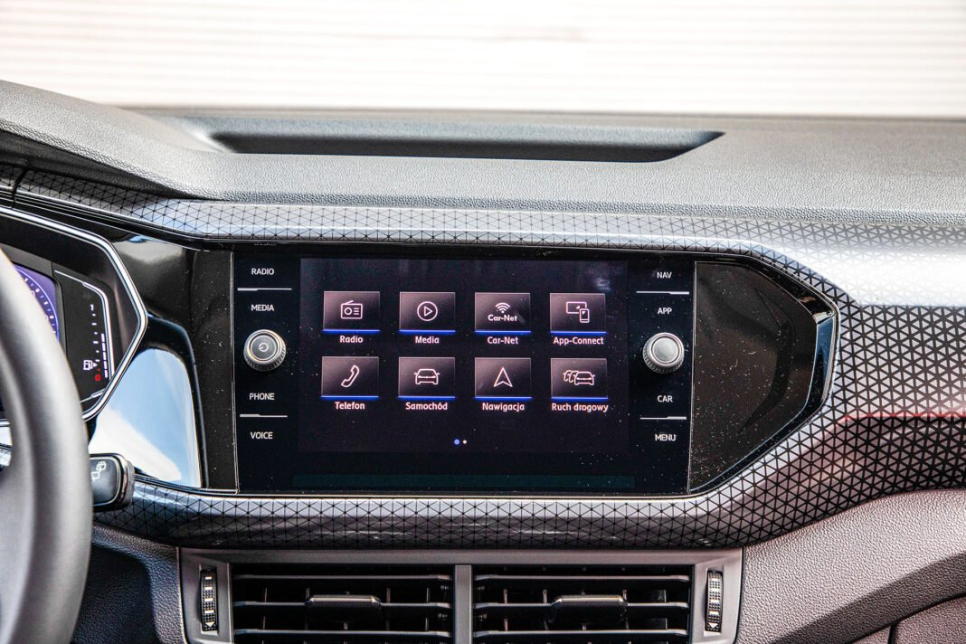 Volkswagen T-Cross - ekran
