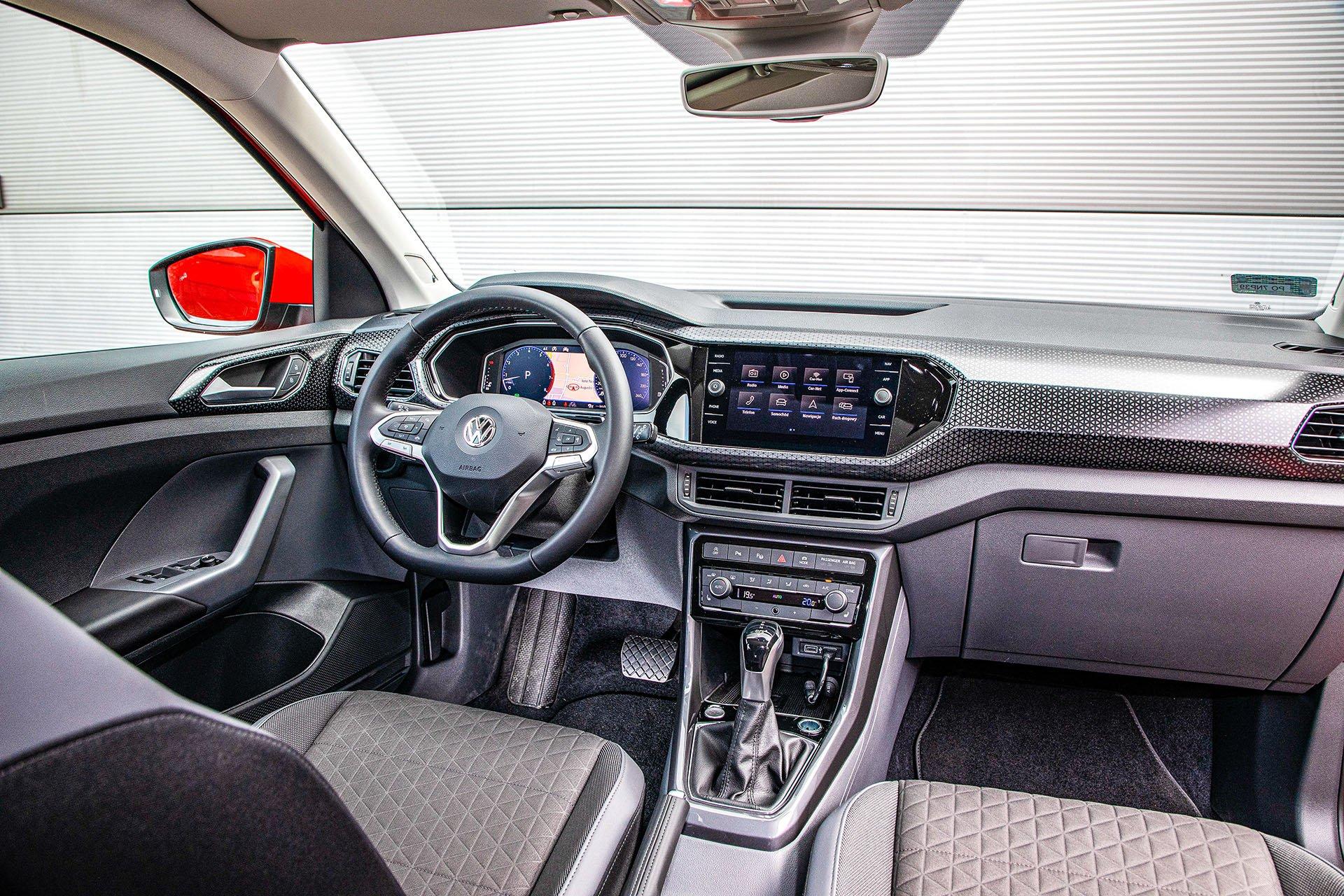 Volkswagen T-Cross - kokpit