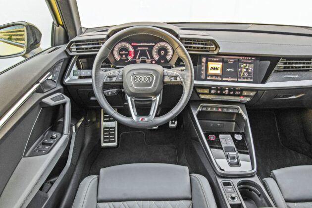 Audi S3 Sportback - deska rozdzielcza