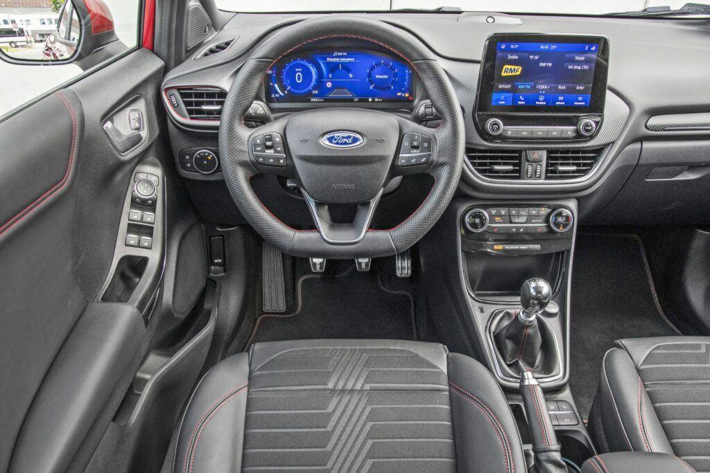 Ford Puma - deska rozdzielcza