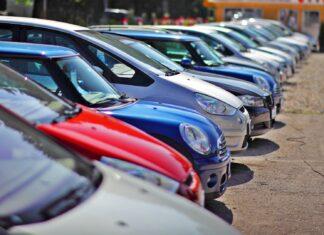 Import używanych aut coraz większy. Średni wiek? Prawie 12 lat