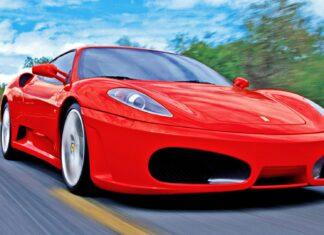 """""""Okazje"""" na aukcji skarbówki. Prawdziwy hit: Ferrari bez silnika"""