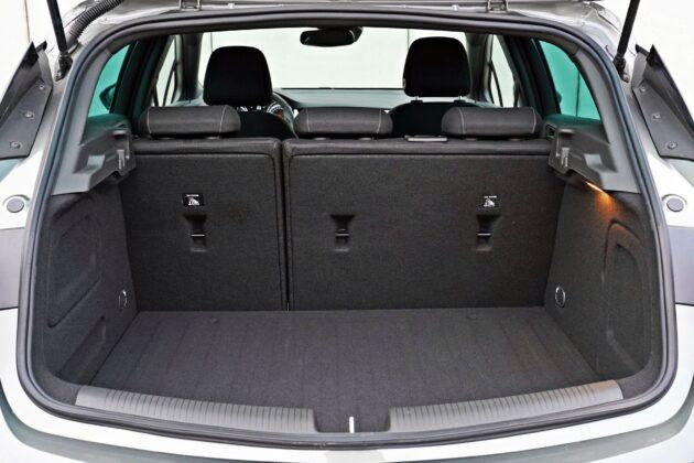 Opel Astra - bagażnik