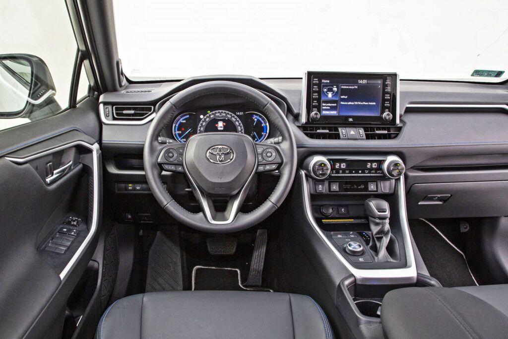 Toyota RAV4 (2021)