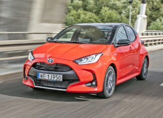 Nowa Toyota Yaris (2021). Opis wersji i cennik