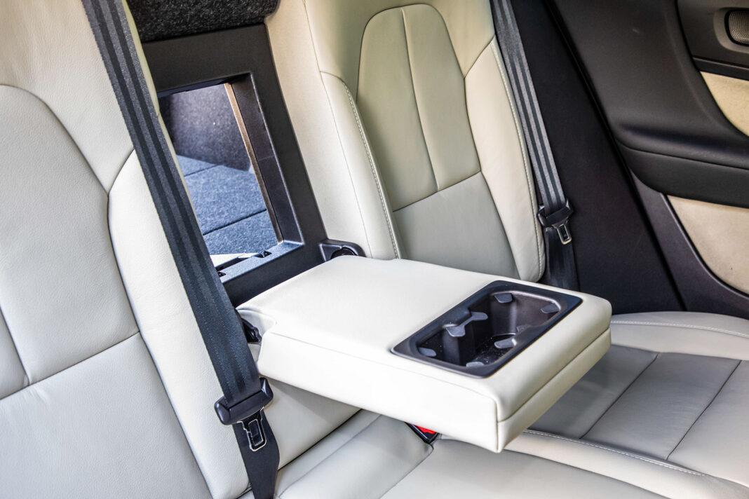 Volvo XC40 T3 test – podłokietnik