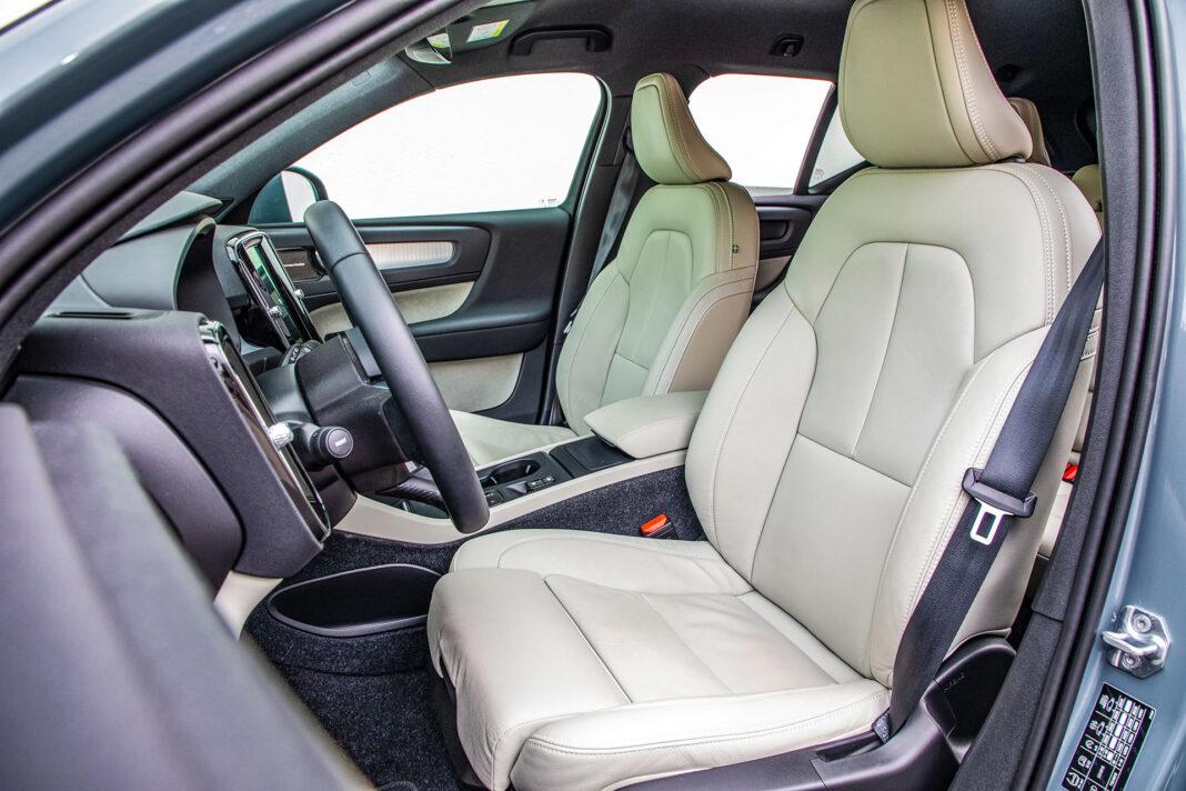 Volvo XC40 T3 test – siedzenia