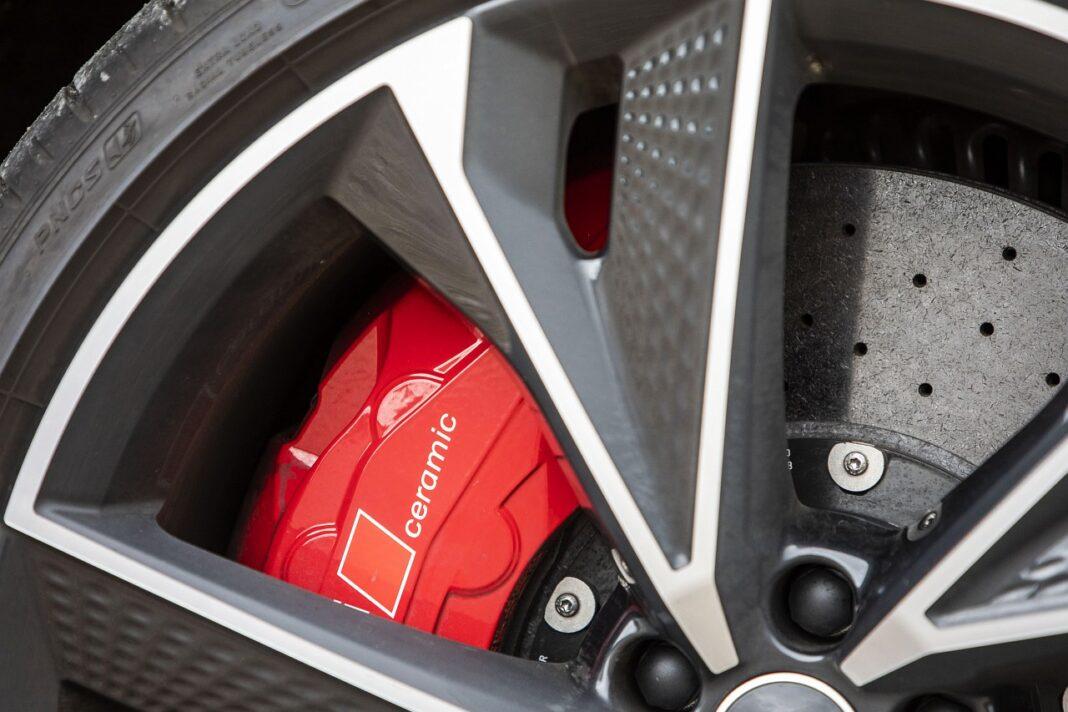 Audi RS 7 Sportback (2020) test hamulce ceramiczne