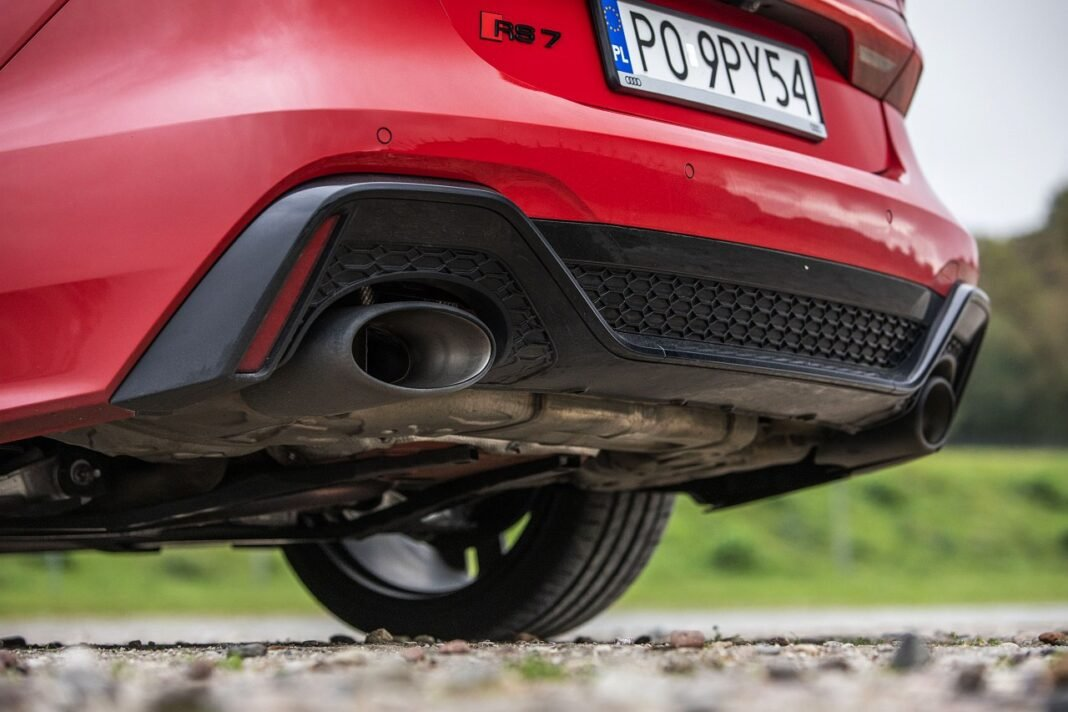 Audi RS 7 Sportback (2020) test układ wydechowy