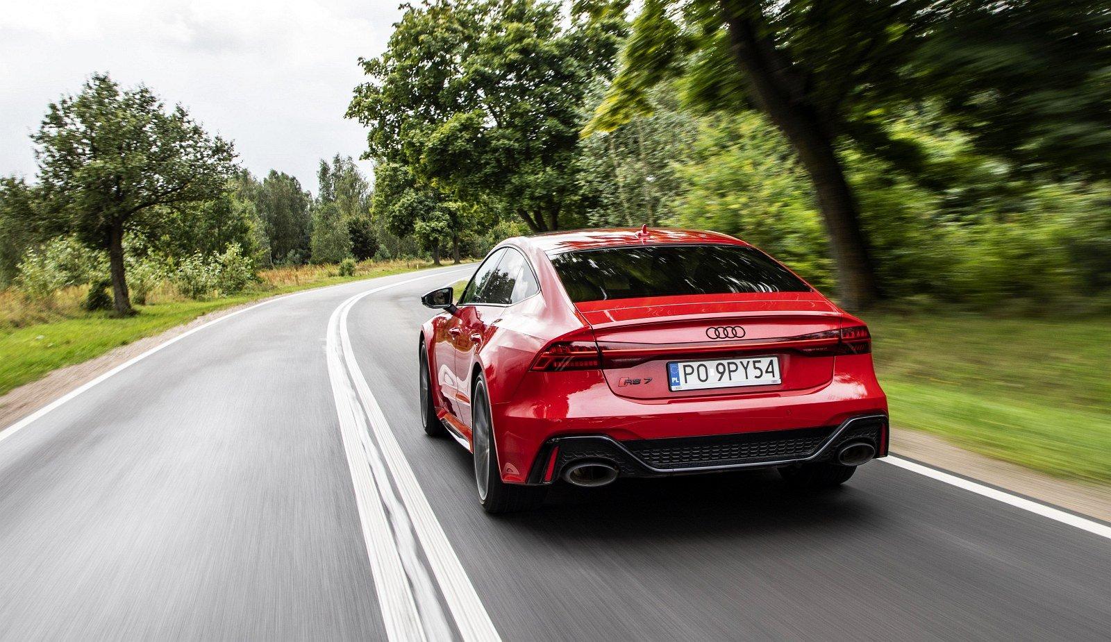Audi RS 7 Sportback test 2020 tył 01