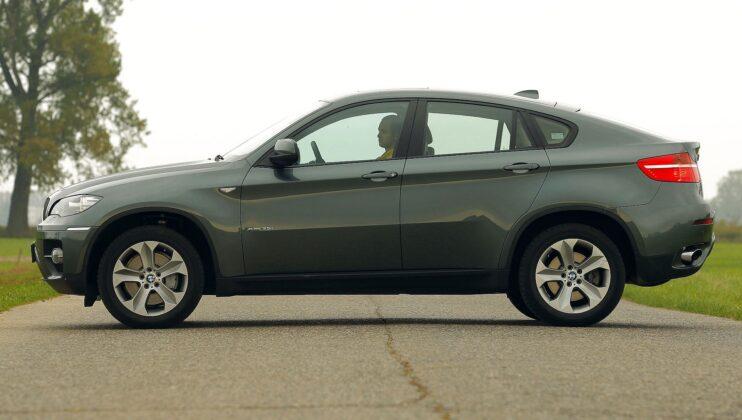 BMW X6 E71 xDrive35i 3.0T R6 306KM 6AT WI2732J 10-2008