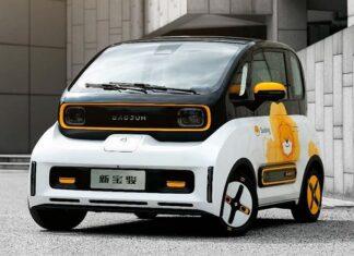 """Baojun E300 – """"chiński Smart"""", którego można prowadzić… smartfonem!"""