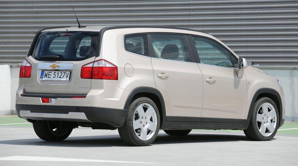 Chevrolet Orlando 02