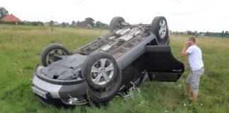 Dachowanie - wypadek drogowy