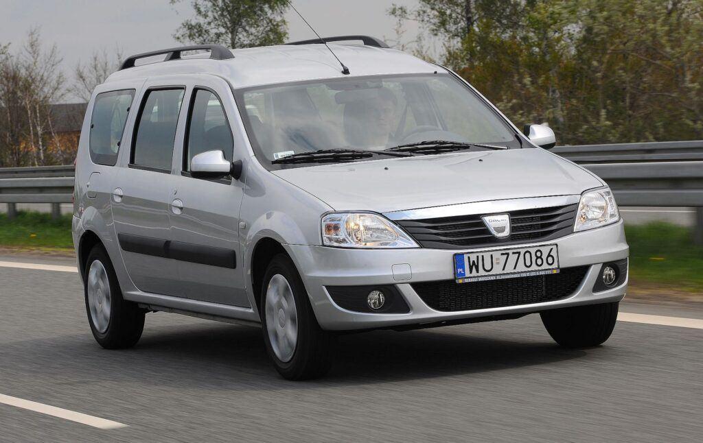 Dacia Logan I 01