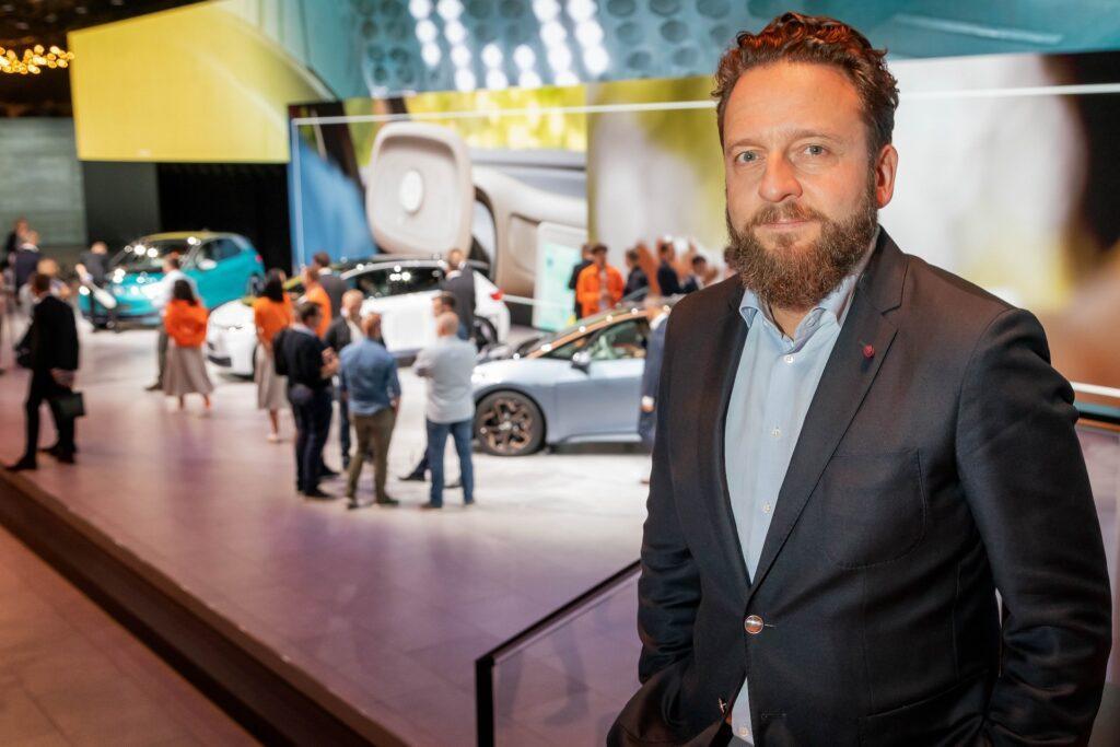 Lukasz Zadworny : Volkswagen