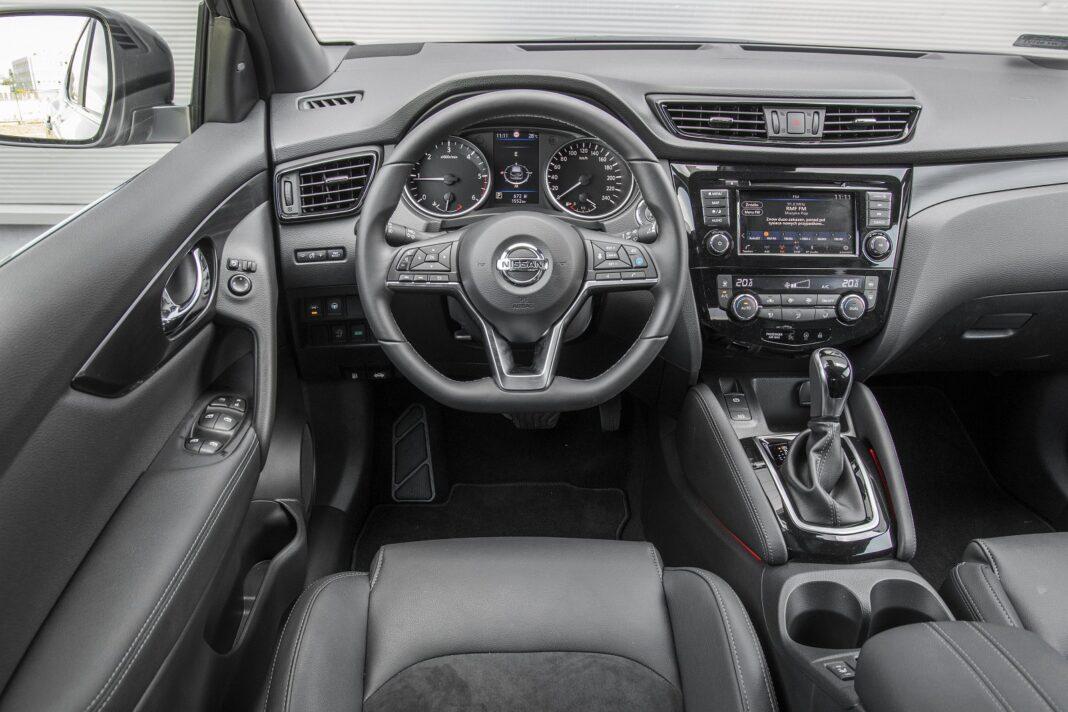 Nissan Qashqai 1.5 dCi DCT (2020) test - deska rozdzielcza, kokpit