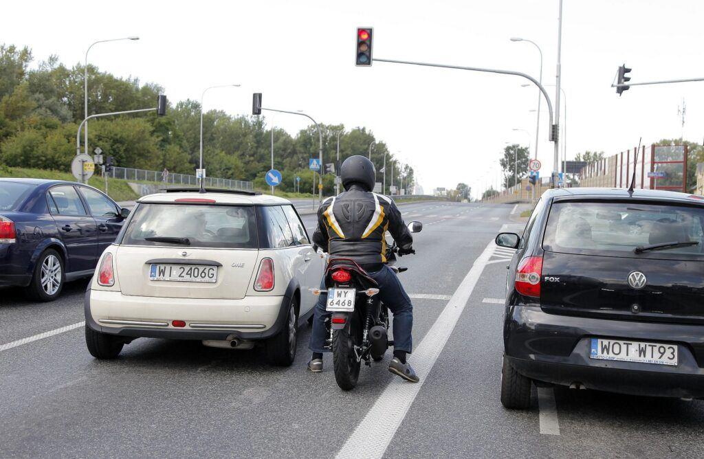 Sprzedaż motocykli w 2020 02