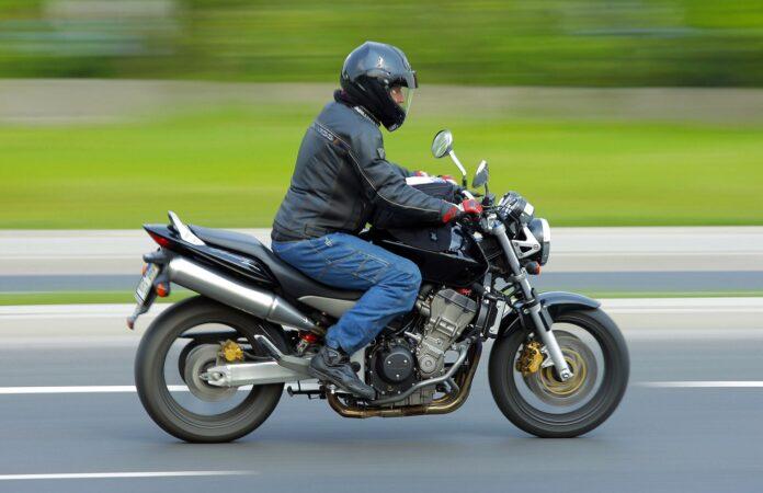 Sprzedaż motocykli w 2020 03