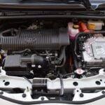 Toyota Yaris Hybrid 2017 - silnik
