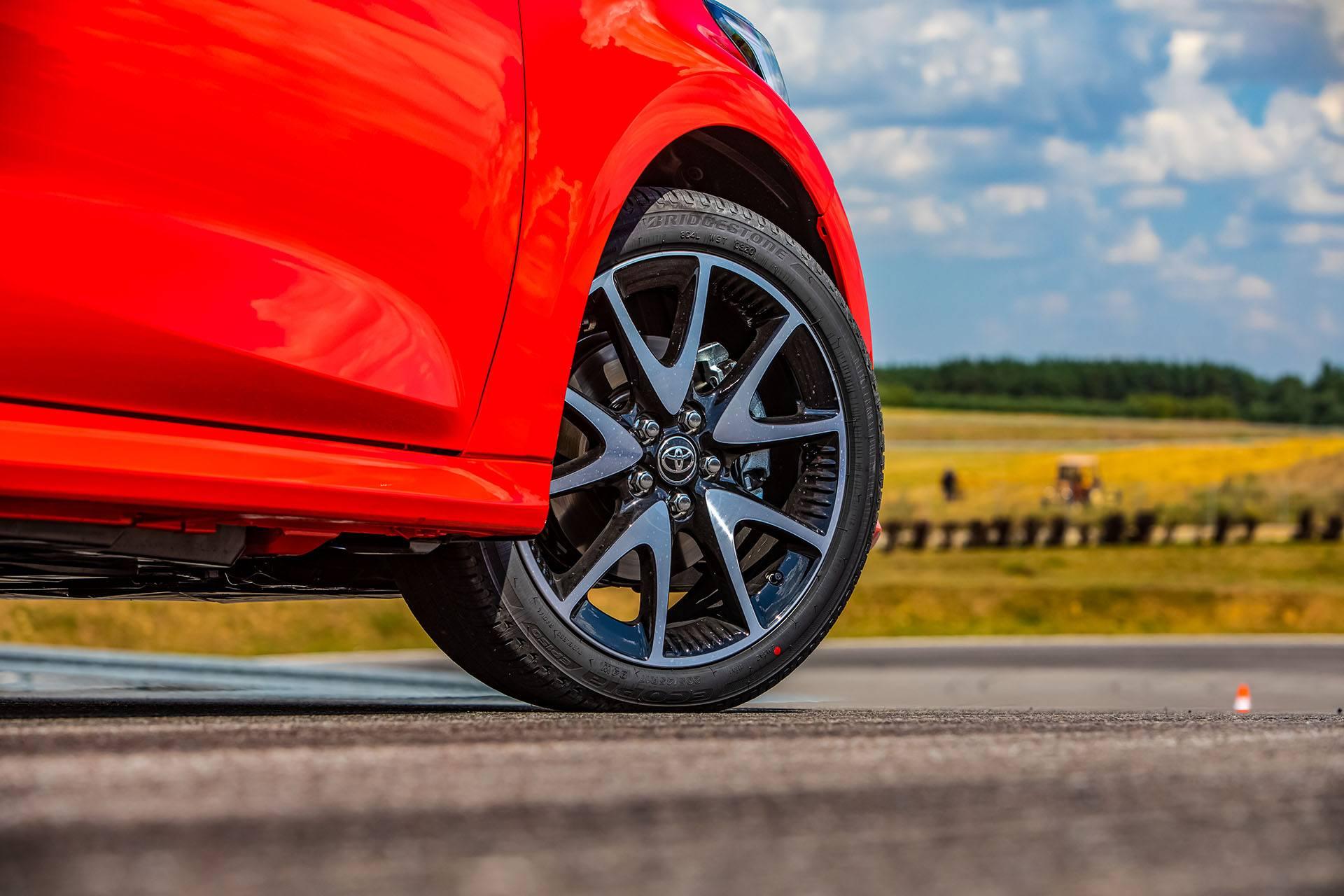 Toyota Yaris 1.5 Hybrid - koło