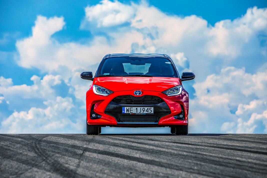 Toyota Yaris 1.5 Hybrid - przód